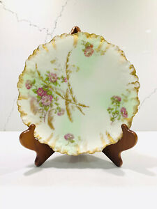 Antique-AKCD-Limoges-France-Porcelain-Cabinet-Plate-8-034-Gold-Trim-Flowers