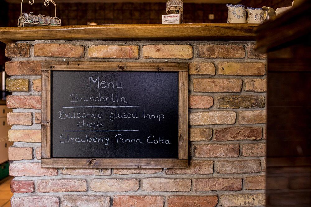 Rustikale Kreidetafel, Wandtafel, Tafel in vielen Farben im Landhausstil