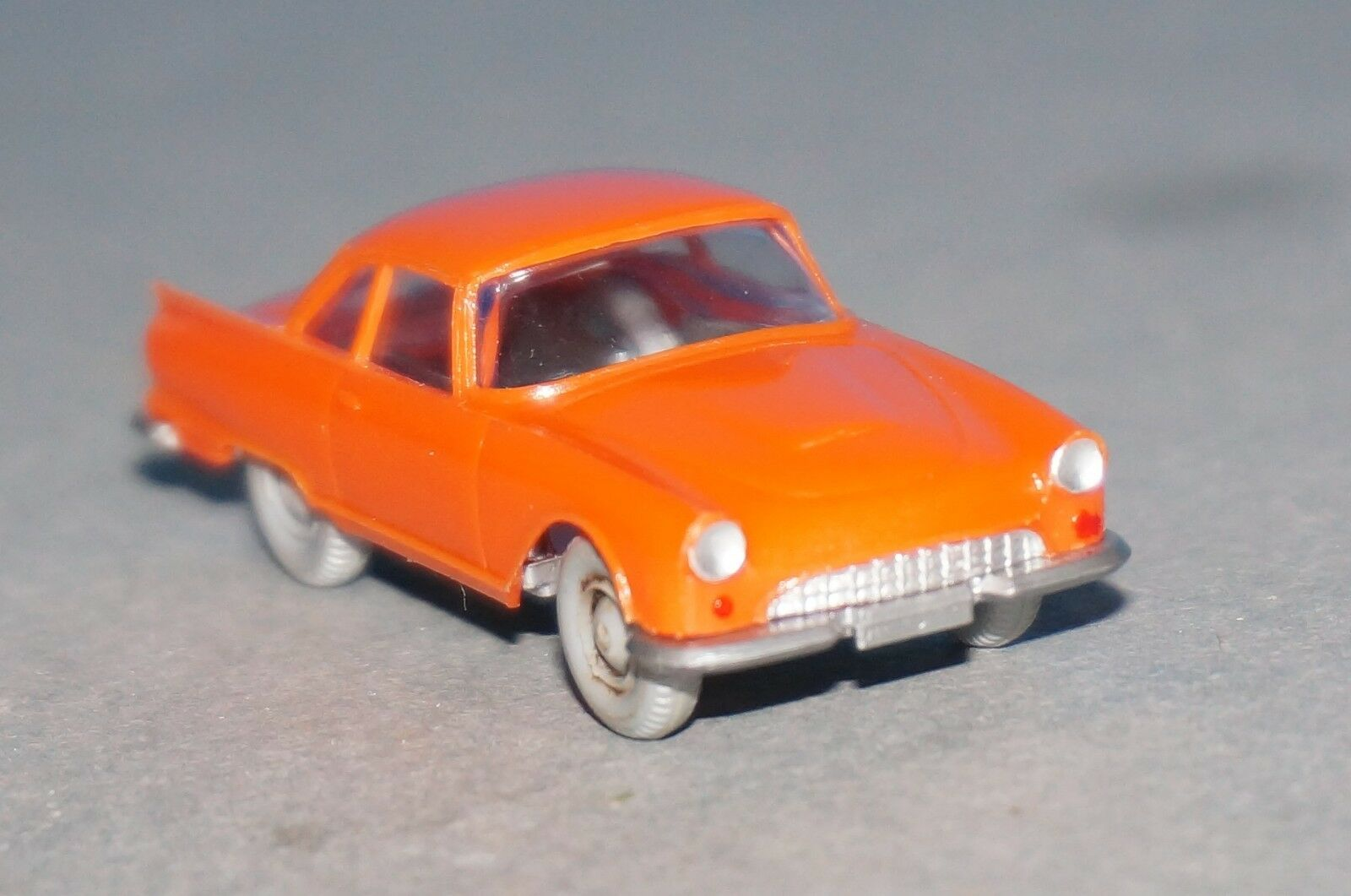 Rf3] Wiking 365 1 a DKW 1000 SP coupé Orange top, 1 87