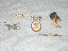 PRETTY COLLECTIBLE X 5 COSTUME JEWELLARY BROOCHES BAR PINS DRIED FLOWER BROOCH