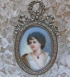 Billiger Preis Gemäldeanhänger Anhänger Mit Gemälde Silberauflage Jugendstil Um 1890 Kette Durchblutung GläTten Und Schmerzen Stoppen