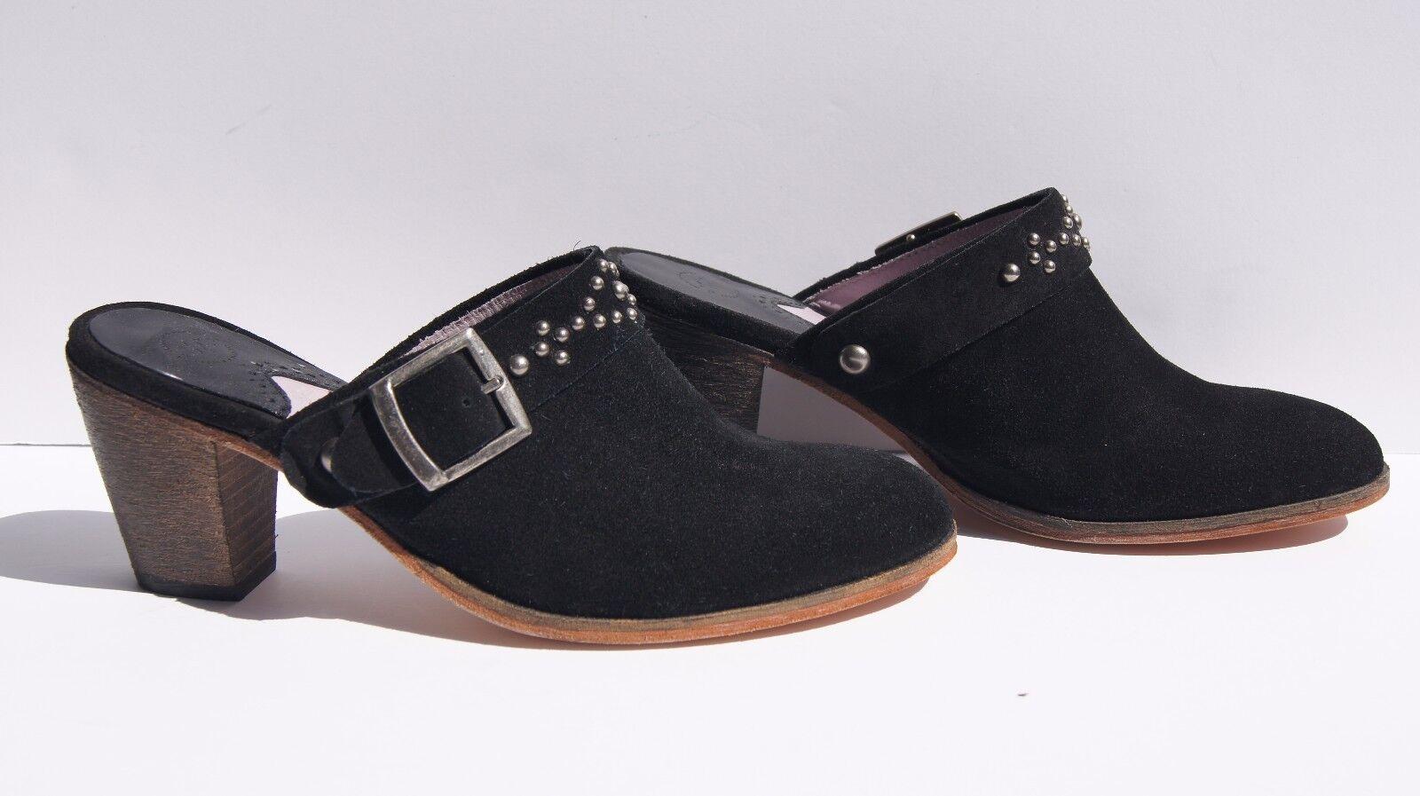Johnston and Murphy Women's Black Suede Studded Metal Buckle Block Heel shoes 7.5
