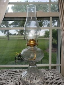 Vintage-Oil-Lamp-Clear-Round-Base-18-034-tall