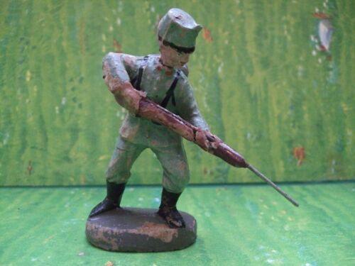 Elastolin 10,50 cm Serie  italienischer Soldat mit Gewehr stoßend   1. Weltkrieg