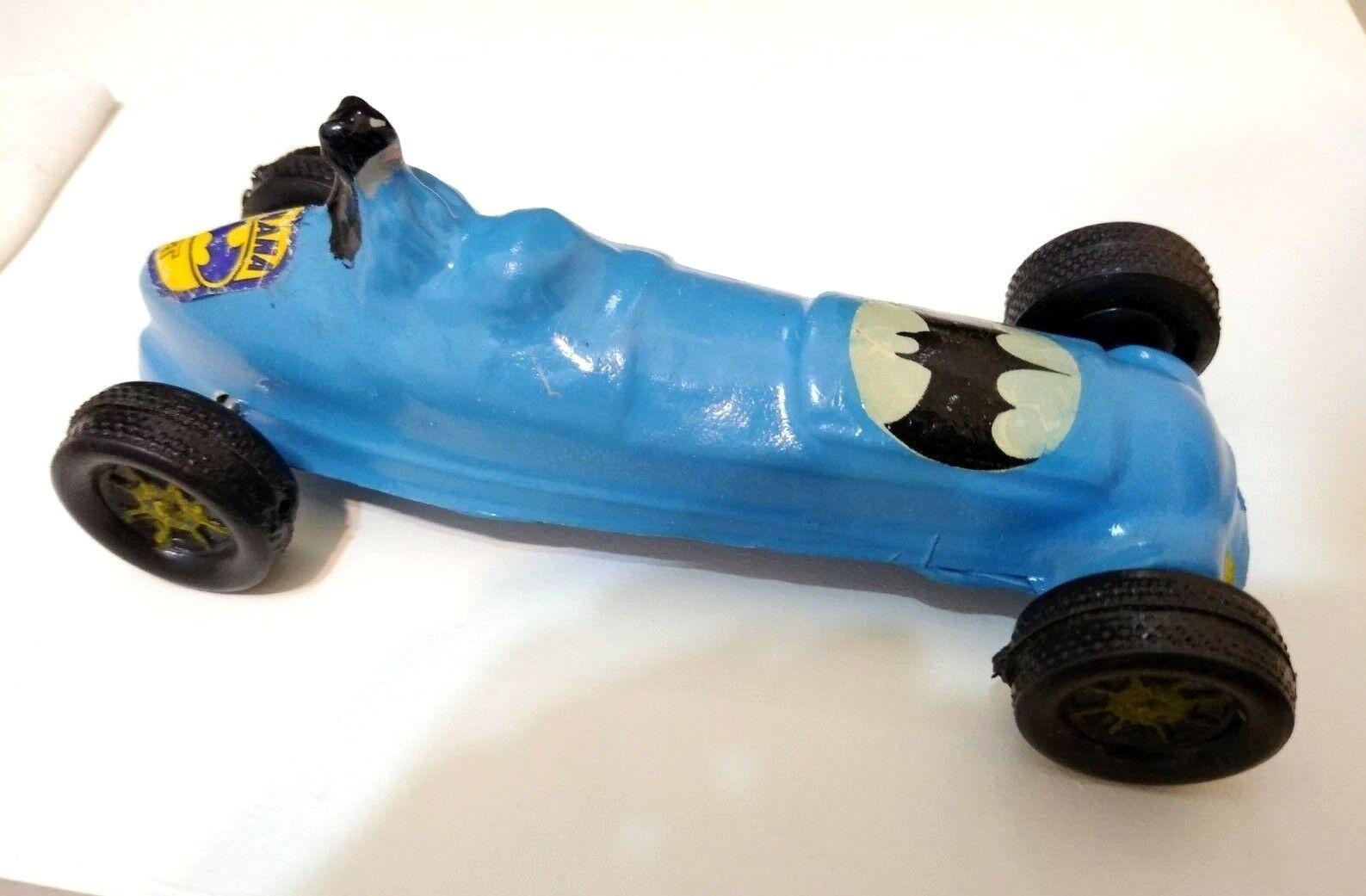 BATMAN BATMOBILE 1966 TV SHOW LIGHT blueE BOOTLEG CAR  BATNANA  silverINA RARE