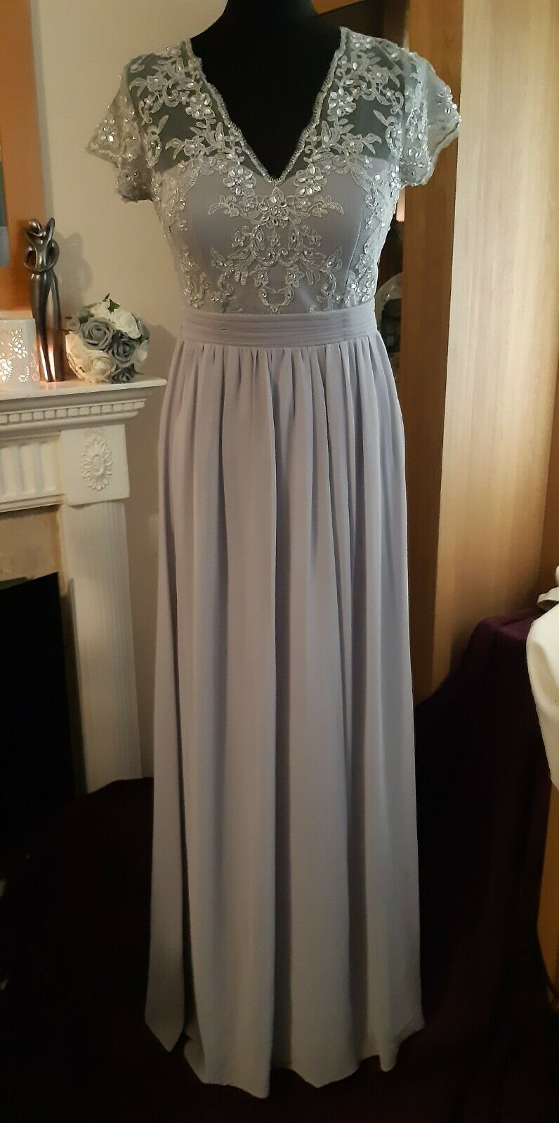 Stunning Grey / Silver Bridemaid or Prom Dress By Quiz Size. 8