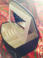Jaclyn Smith Pvc Jewelry Box Chocolate Color With Drawer-mirror-ring Pad -