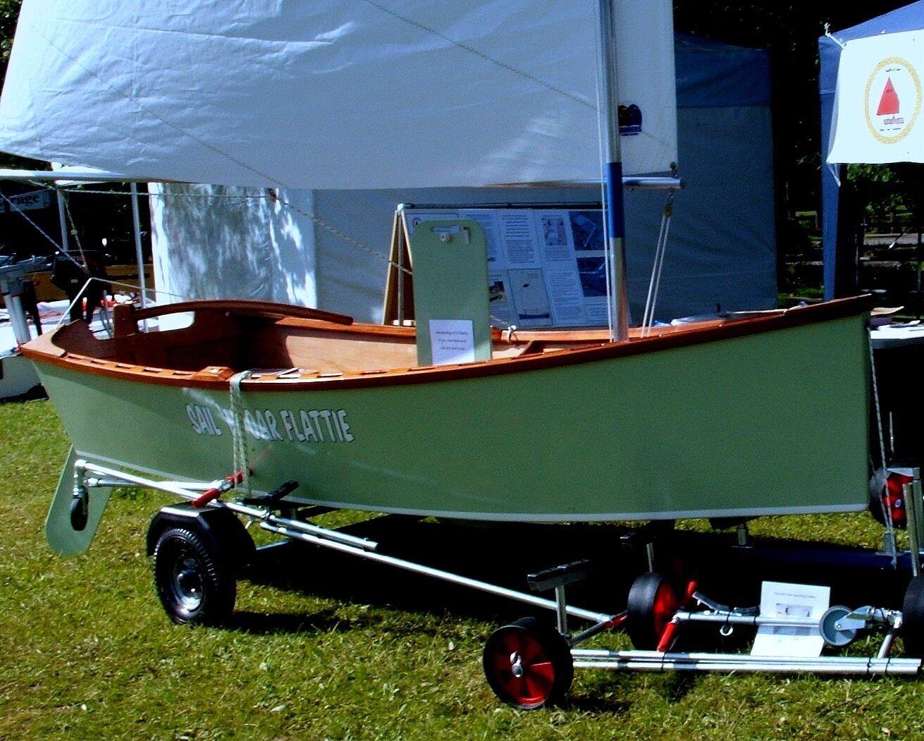DIY Sailing Dinghy Skiff Plans and Builders Manual