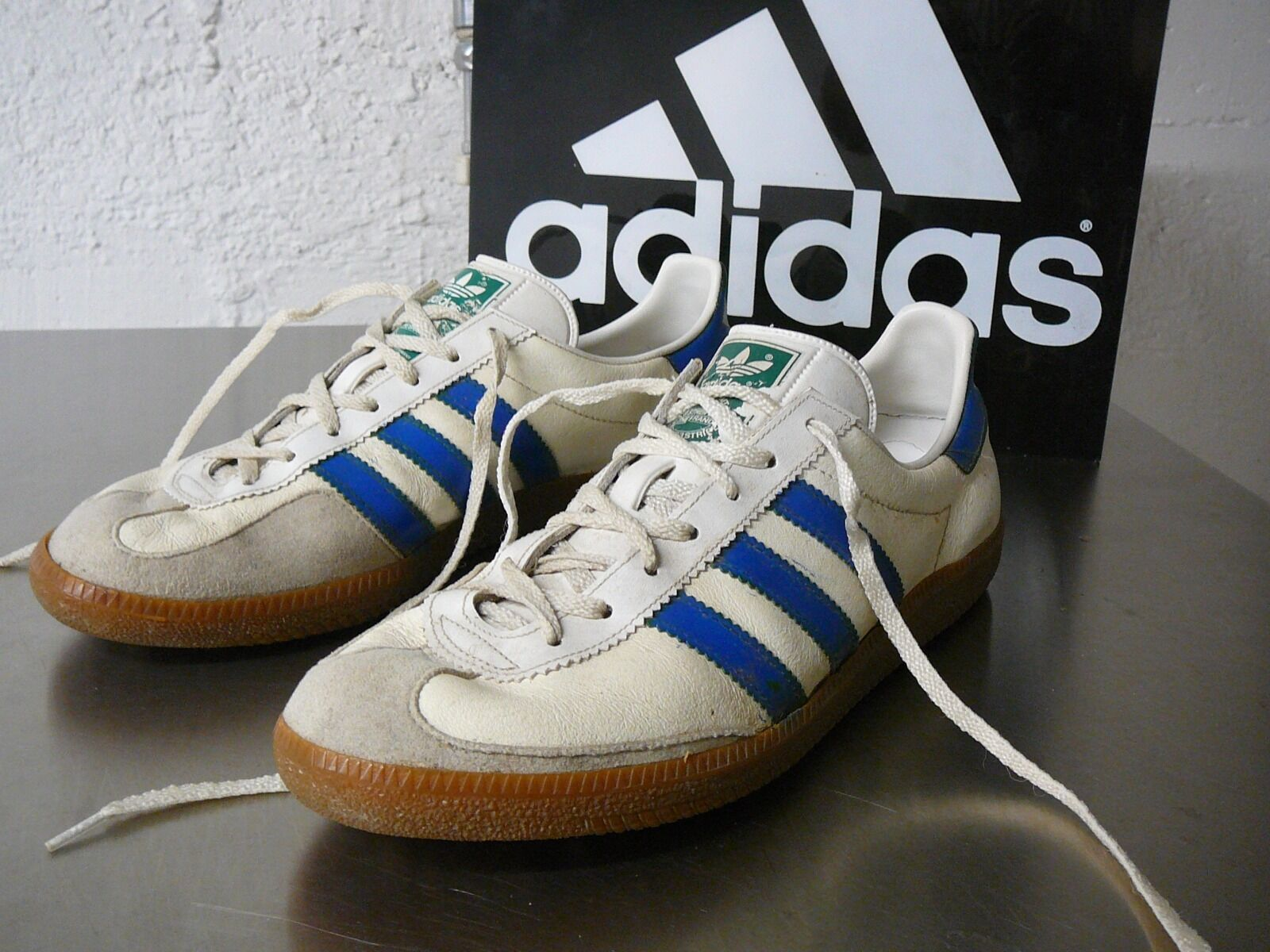 With 70iger Adidas Uk 8 5 Universal Spezial Weiß CshdQrt