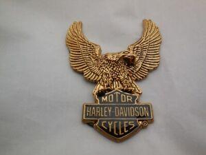 Harley Davidson Bar & Shield Eagle Logo Universal Emblem goldfarben 91811-85