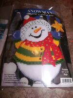 Design Works Colorful Snowman Wall Hanging Plastic Canvas Kit 11 X 13