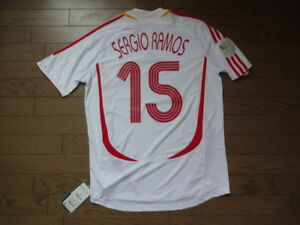 new concept f6ed9 4e2d2 Details about Spain #15 Sergio Ramos 100% Original Soccer Jersey Shirt M  2006 Away BNWT NEW