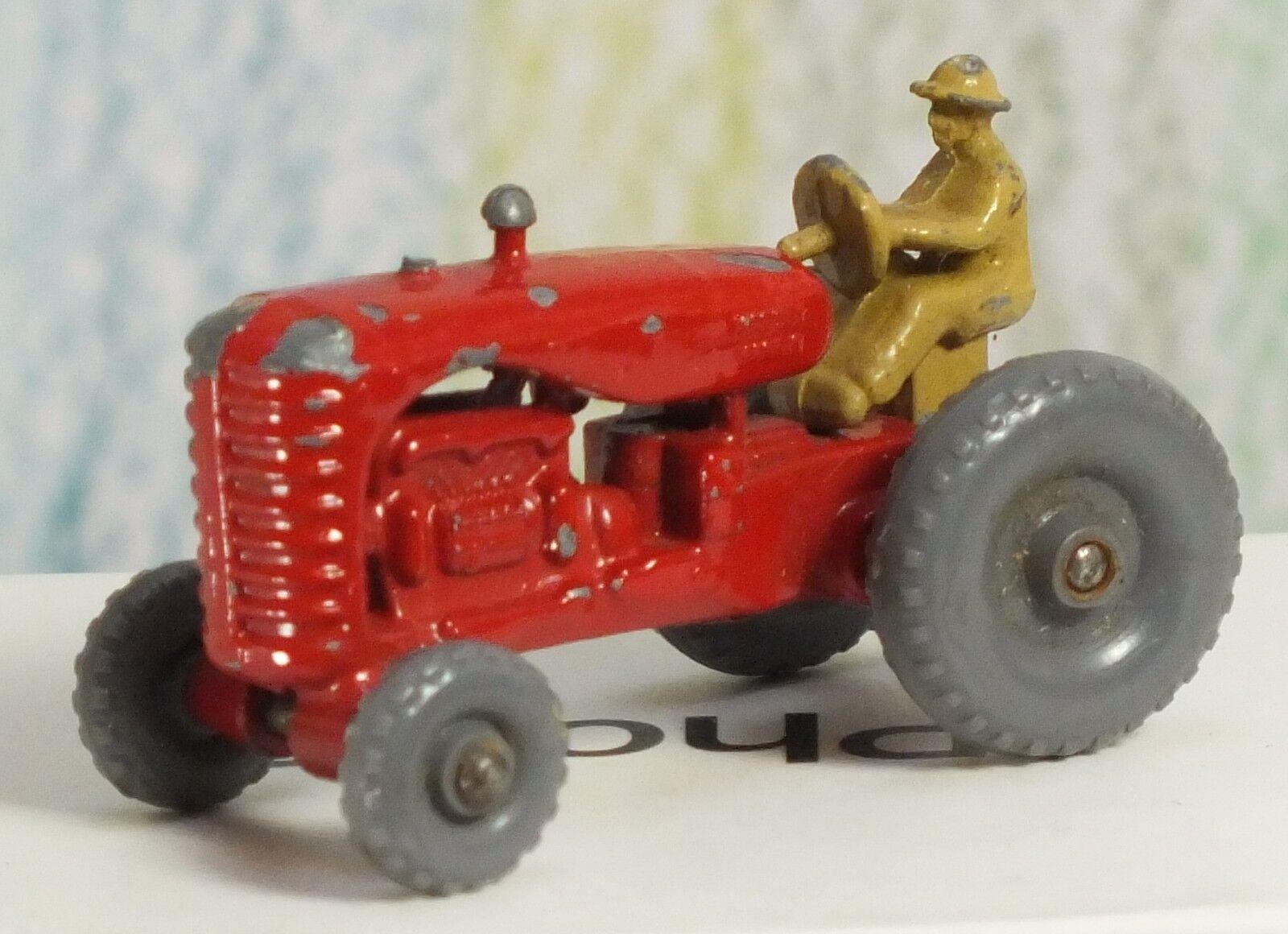 Matchbox Moko Lesney b red Massey Harris Harris Harris Tractor Plastic wheels tan driver a77698