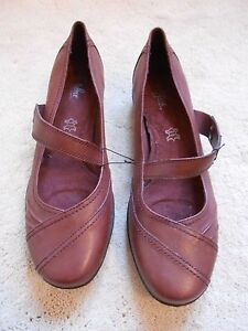 M\u0026S Brown Leather Wider Fit Footglove
