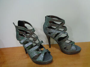 Beautiful-Charlotte-Russe-Silver-Color-Open-Toe-Womens-High-Heel-Shoes-sz-US-9