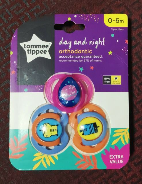 Tommee Tippe 6-18 months Day and Night Glow in the Dark Pacifier 3 Pack BPA Free