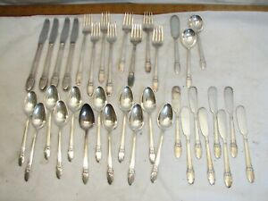 International 1847 Rogers Silverplate Flatware First Love 35 pcs Service for 4
