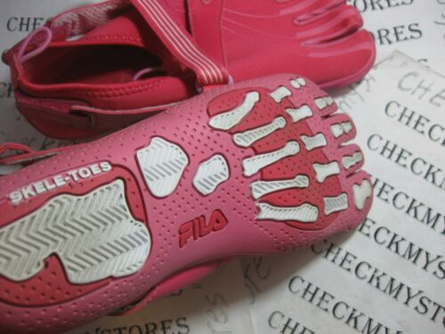 NIB NEW  Fila Skele-Toes  EZ SLIDE  Running //CASUAL ATHLETIC GIRL/'S SHOES YOUTH