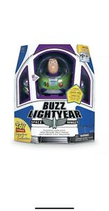 Toy-Story-Buzz-Lightyear-Ranger-Signature-Collection