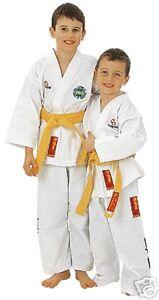 TKD-Anzug-ITF-KYONG-v-TOP-TEN-Weiss-140-oder-150cm