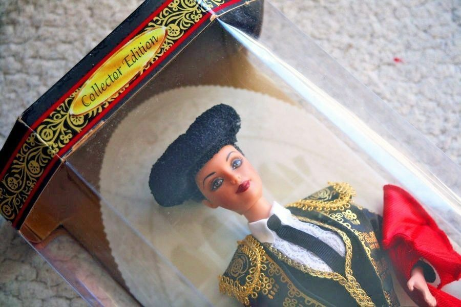 BARBIE DOLL DOLL DOLL  SPANISH BULLFIGHTER (COLLECTOR EDITION 1999 ). BRAND NEW IN BOX d74a66