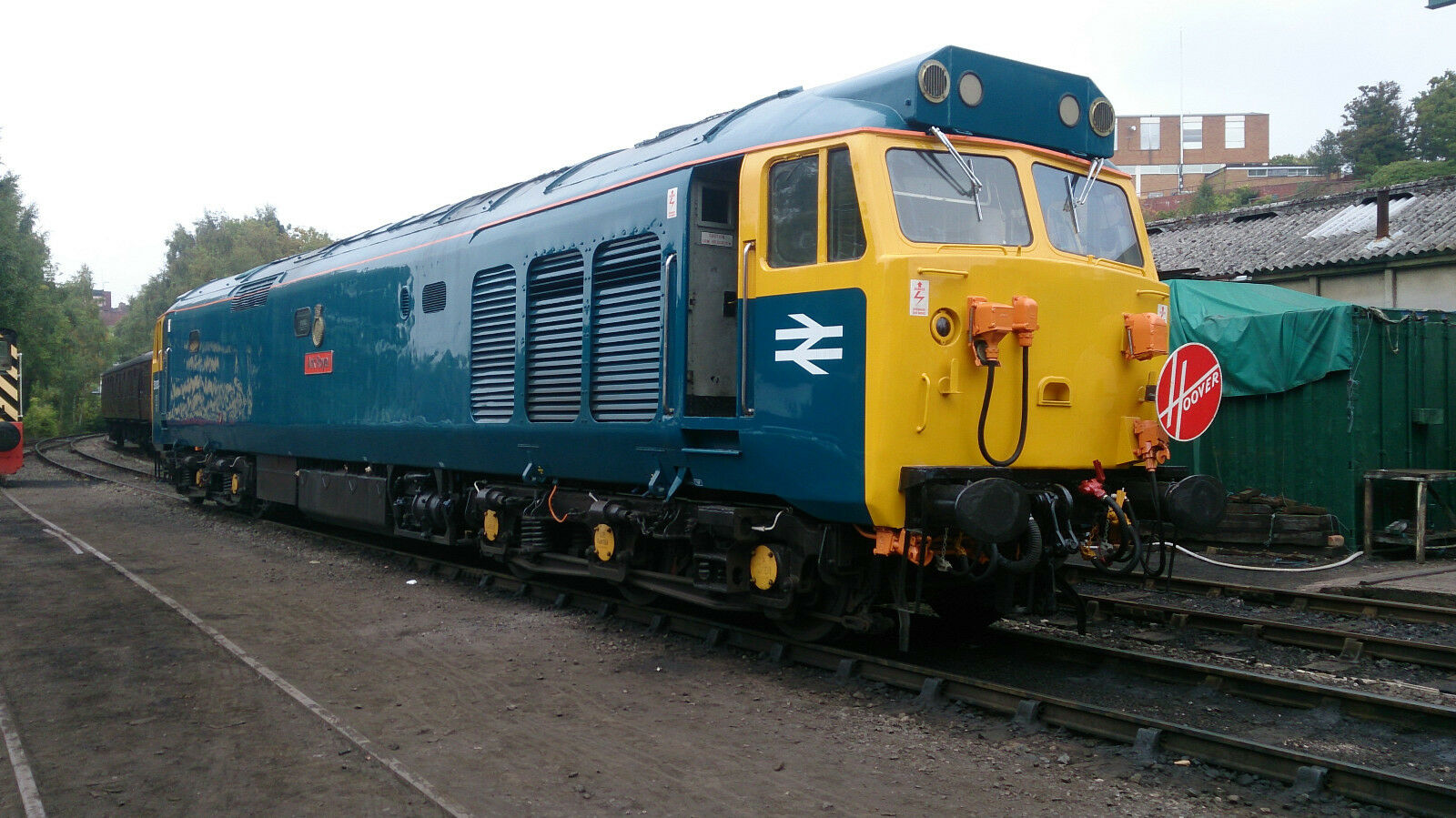 Loksound V5 DCC Sound Decoder with English Electric Class 50 Diesel Sounds