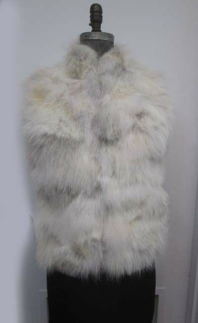 Women's  Sz 6 S Brand New Coyote Fur Vest SAMPLE SALE