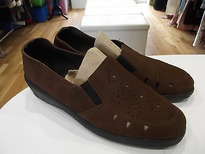 Tamaño 7.5 Wapiti Zapatos en ante marrón Chocolate Sin Cordones Con Cuña De Pequeñas