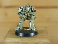 CLASSIC METAL ROGUE TRADER ERA SPACE MARINE MEDIC WITH BOLTER PAINTED (2185)