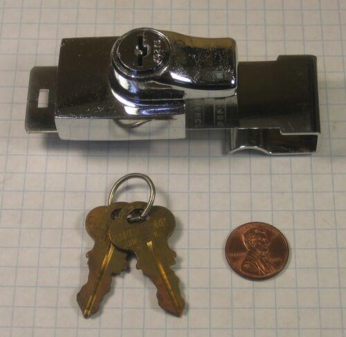 KEY #270 GARCY #2460-X0270 BI-PASSING SHOWCASE GLASS DOOR LOCK POLISHED CHROME