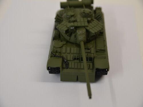 en su embalaje original 007 James Bond coche modelo Collection-especial Model tanques t 55 1:50