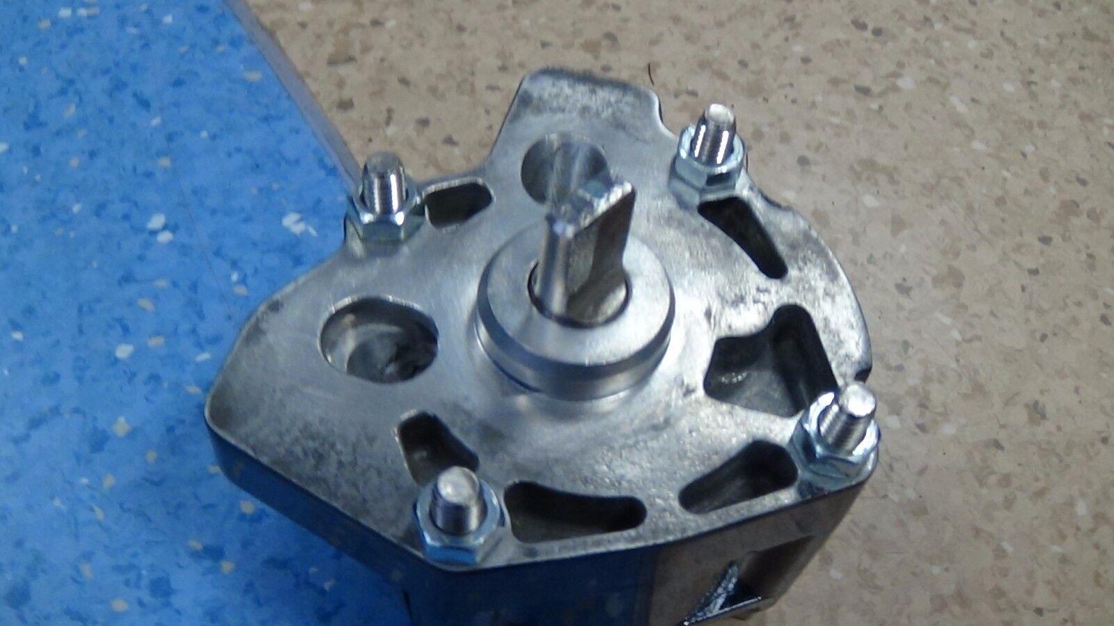 YANMAR Pump Diesel D36 Oil Pump YANMAR Assy 120380-32011 a4819c