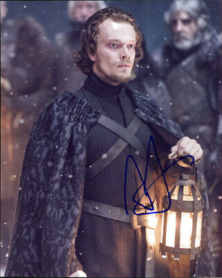 Capable Alfie Allen Signed Authentic 8x10 Photo Coa Good Companions For Children As Well As Adults game Of Thrones