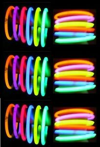 200-8-GLOW-STICKS-NEON-BRACELETS-RAVE-LIGHT-FAVORS-PARTY-BIRTHDAY-HALLOWEEN