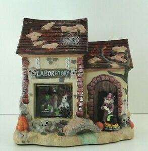 Vintage-Halloween-Ceramic-Haunted-House-Witch-Light-CREEPY-Laboratory-Village-7-034