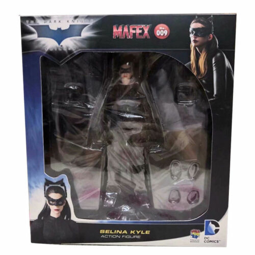 Mafex NO 009 Catwoman Selina Kyle The Dark Knight DC Comic Figure Medicom Toy