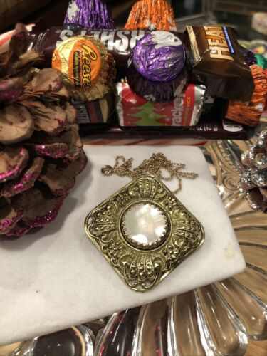 Antique Style Vintage Ornate Mother Of Pearl Gold… - image 1