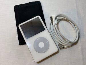 APPLE iPod 5th Gen. Video Model: A1136 80GB, sehr guter original Zustand 2006