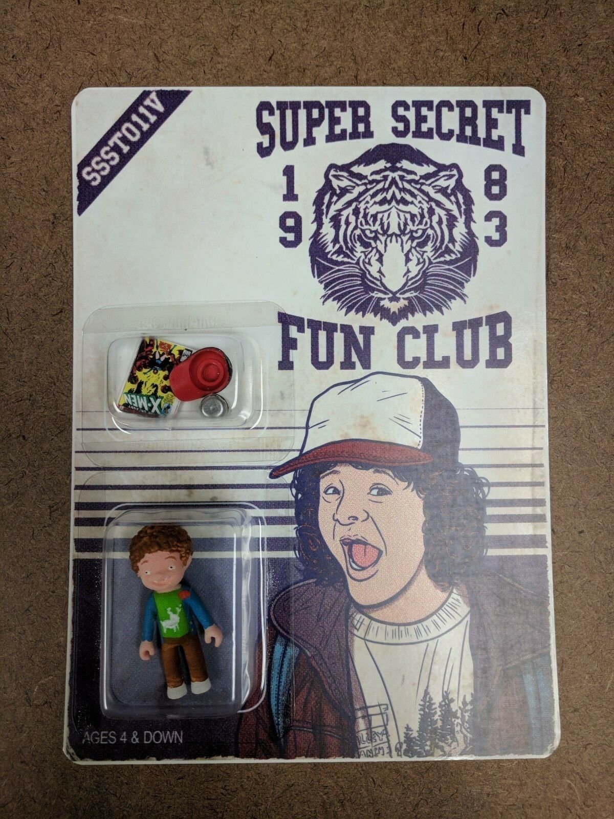 Super Secret Fun Club Dustin Stranger Things Figure Limited Ed Gaten Matarazzo