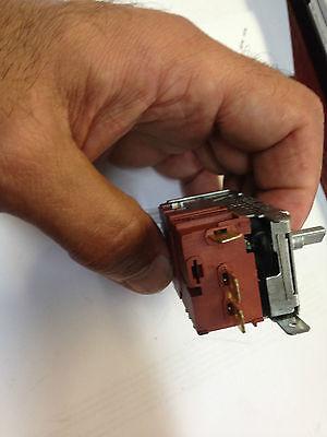 Westinghouse Electrolux Kelvinator Fridge Compressor Start Relay 1420853  BJ414K