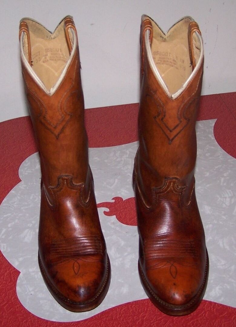 VINTAGE DINGO DISTRESSED MEN'S COWBOY BOOTS 70s 80s BROWN SIZE 8D - MADE IN USA