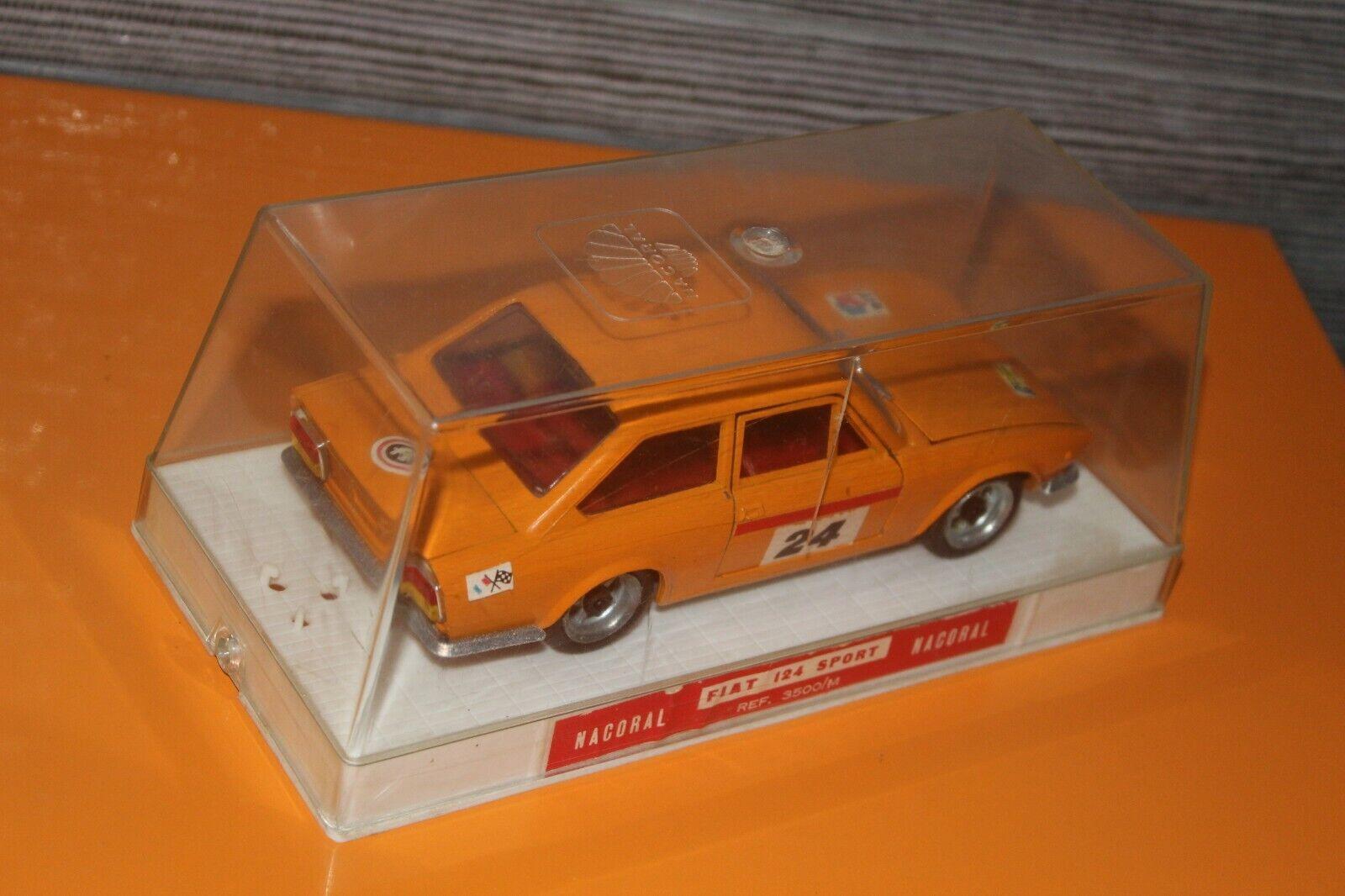(A) NACORAL   FIAT 124 SPORT Réf 3500 M