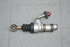 Maserati-3200-Kupplungsgeberzylinder-Geberzylinder-Clutch-Master-Pump-388200110