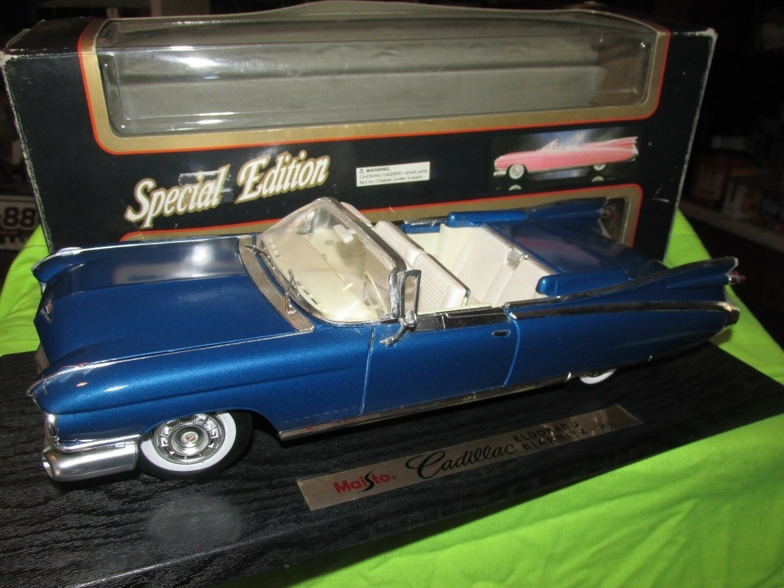 59 cadillac congreenible 1959 maisto 1 18 coupe deville bluee paint not perfect