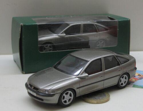4 türig 855 grau met Schuco Sondermodell:  Opel Vectra