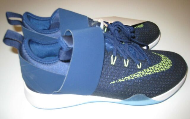 e428ff3b2f4833 Nike Women s Air Zoom Strong Training Shoes 843975-403 Size 7.5 Blue ...