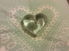 DARTINGTON CRYSTAL HEART MADE IN ENGLAND PAPER WEIGHT FRANK THROWER ❤️