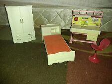 Vintage Ginny Vogue Bed, Wardrobe and Student Desk Furniture for Dollhouse