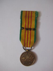 vtg-Republic-of-Vietnam-Service-US-Army-4-BATTLE-STAR-MEDAL-ribbon-campaign-ARVN