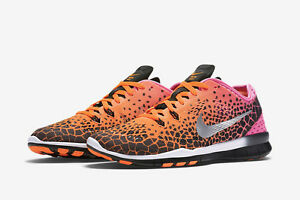 the best attitude b93f3 a00bf Details about Nike Free 5.0 TR Fit 5 Print 704695 011 US Size 9 Brand New